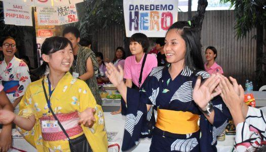セブ日本人会土曜市にDAREDEMO HEROで参加
